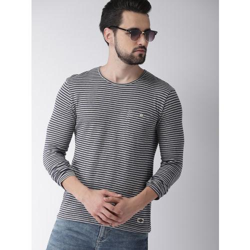 Celio Men Grey & Navy Blue Striped Round Neck T-shirt