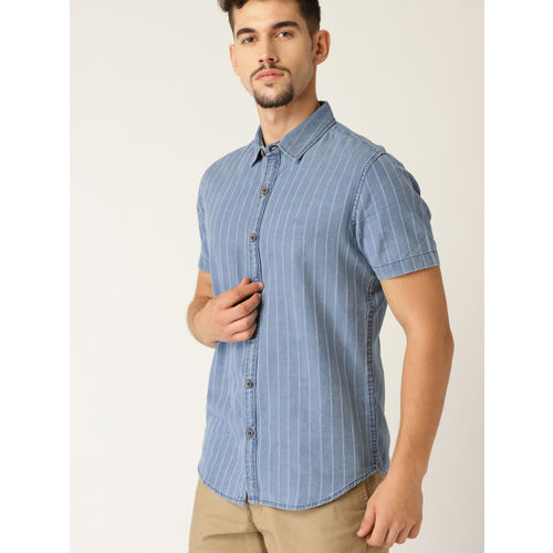 United Colors of Benetton Men Blue & White Striped Slim Fit Chambray Casual Shirt