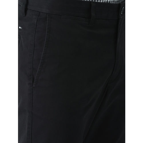 Tommy Hilfiger Men Black Slim Fit Solid Chinos