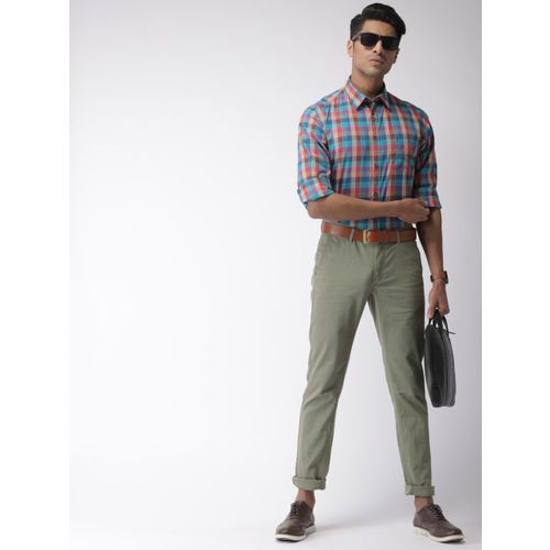 Indian Terrain Men Olive Green Brooklyn Slim Fit Self Design Chinos