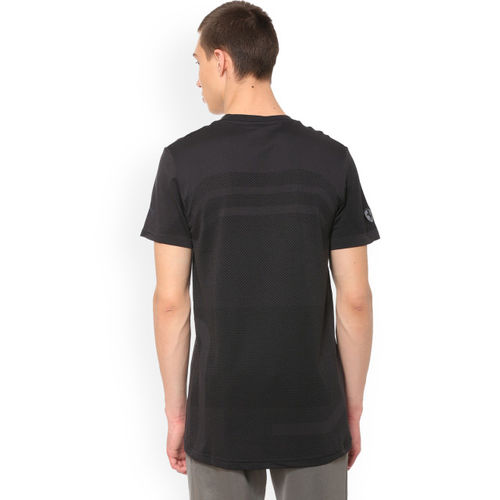 Puma Men Black Striped Round Neck Ferrari evoKNIT T-shirt