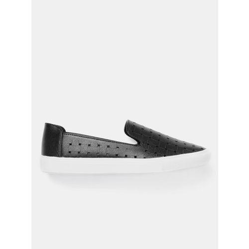 DressBerry Women Black Slip-On Sneakers with Laser Cuts