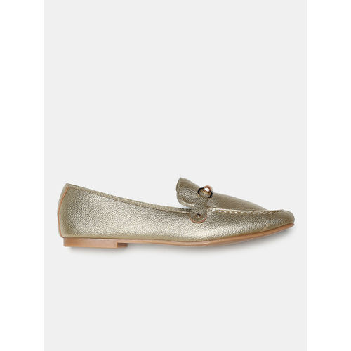 DressBerry Women Gold-Toned Loafers