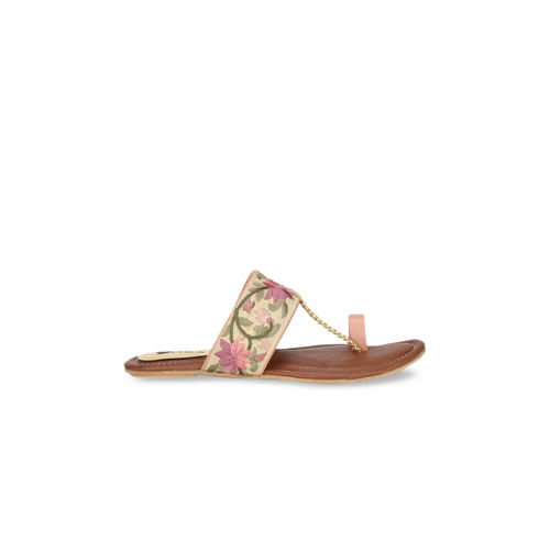 Lovely Chick Women Pink Woven Design One Toe Flats