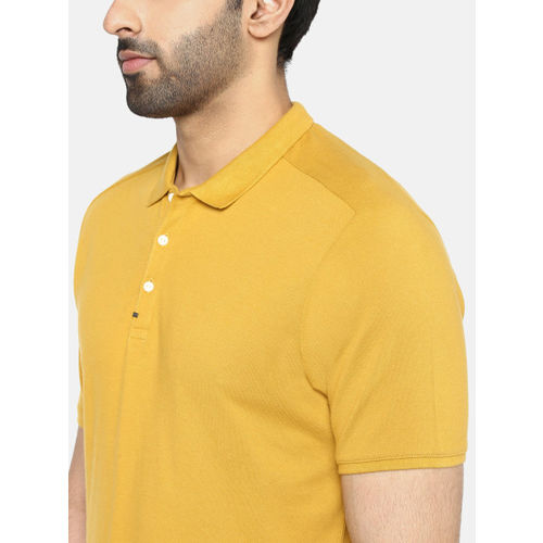 Blackberrys Men Mustard Yellow Solid Polo Collar T-shirt