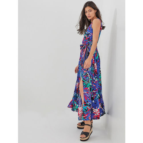 promod Women Blue & Red Printed High-Slit Fit and Flare Maxi Dress
