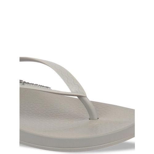 iPanema Women Grey Solid Thong Flip-Flops