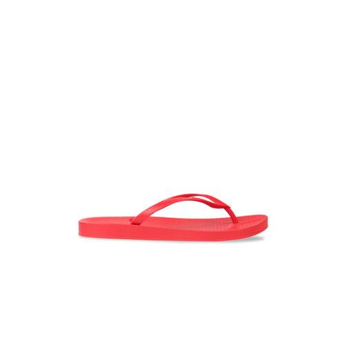 iPanema Women Red Solid Thong Flip-Flops
