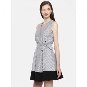 824893b5d40b Buy latest Women's Dresses from Allen Solly online in India - Top ...