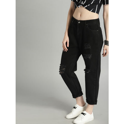 Roadster Women Black Regular Fit Mid-Rise Mildly Distressed Cropped Jeans