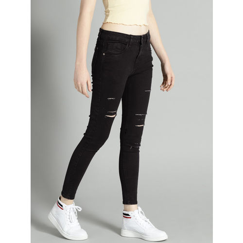 Roadster Fast and Furious Women Black Skinny Fit Mildly Distressed Cropped Jeans