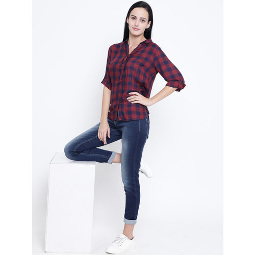 Crimsoune Club Women Red & Navy Blue Slim Fit Checked Casual Shirt