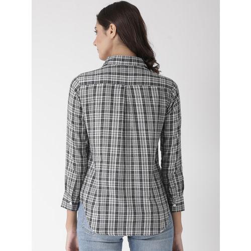 The Vanca Women Black & White Regular Fit Checked Casual Shirt