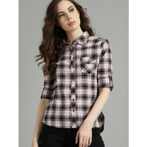 Roadster Women White & Black Regular Fit Checked Casual Shirt