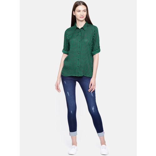 Fame Forever by Lifestyle Women Green & Black Regular Fit Checked Casual Shirt