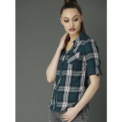 Roadster Women Teal Green & White Slim Fit Checked Shirt