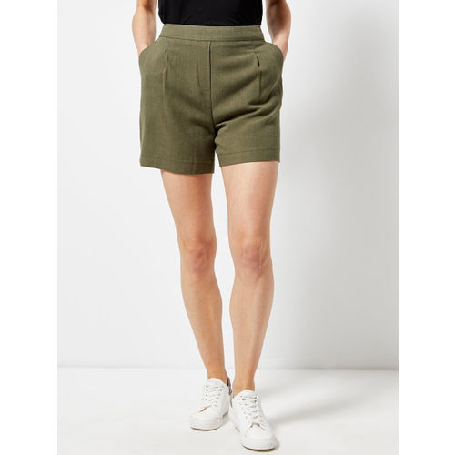 DOROTHY PERKINS Women Olive Green Solid Regular Fit Regular Shorts