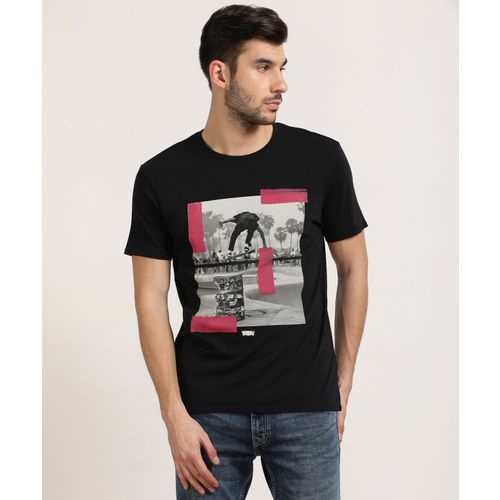 Levi's Printed Men Round or Crew Black T-Shirt