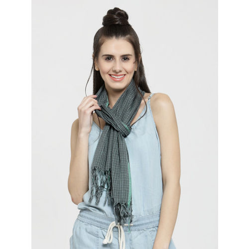 J Style Women Green & Black Checked Stole