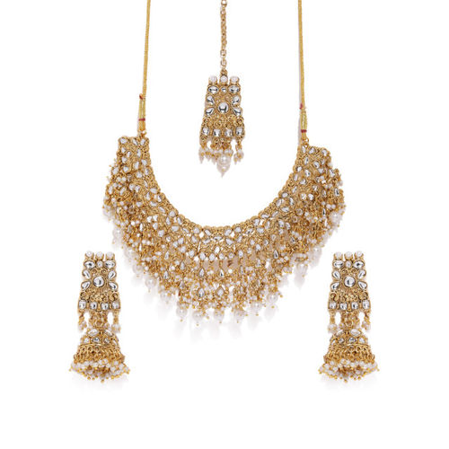 Zaveri Pearls Gold-Toned Traditional Kundan & Pearls Studded Jewellery Set