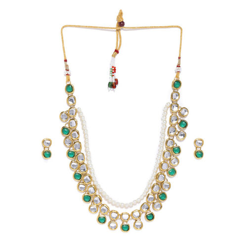 Zaveri Pearls Gold Toned & Green Traditional Kundan Studded Jewellery Set