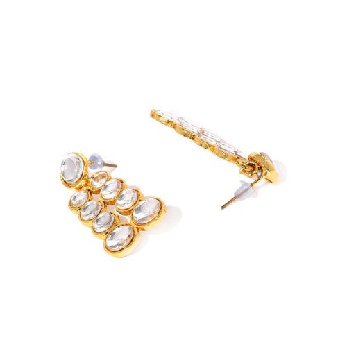 Zaveri Pearls Gold Toned & White Traditional Kundan Jewellery Set