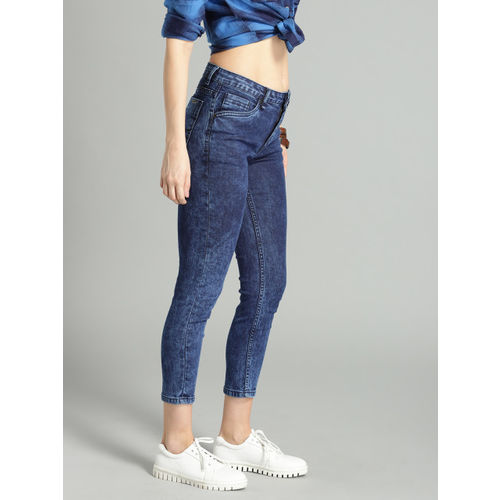 Roadster Women Blue Acid Wash Crop Skinny Fit Mid-Rise Clean Look Stretchable Jeans
