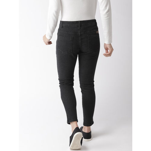 Mast & Harbour Women Black Skinny Fit Mid-Rise Clean Look Stretchable Cropped Jeans