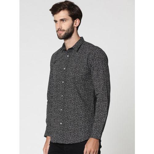 Jack & Jones Men Black & White Slim Fit Printed Casual Shirt