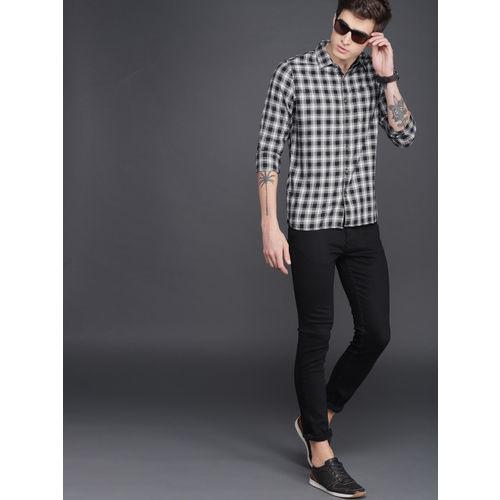 WROGN Men Black & White Checked Slim Fit Casual Shirt