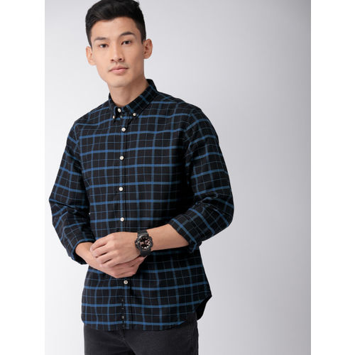 Harvard Men Black & Blue Regular Fit Checked Casual Shirt