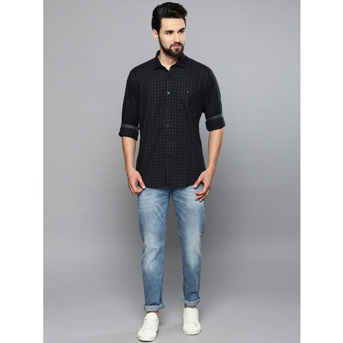 Louis Philippe Jeans Men Black & Blue Slim Fit Checked Casual Shirt