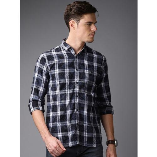 Bene Kleed Men Black & White Slim Fit Checked Casual Shirt