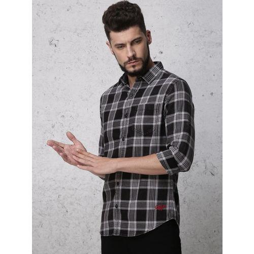 Ecko Unltd Men Black & White Slim Fit Checked Casual Shirt