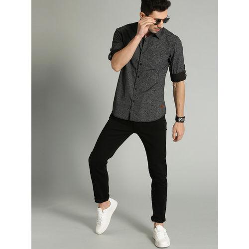 Roadster Men Black Regular Fit Printed Cotton Casual Shirt