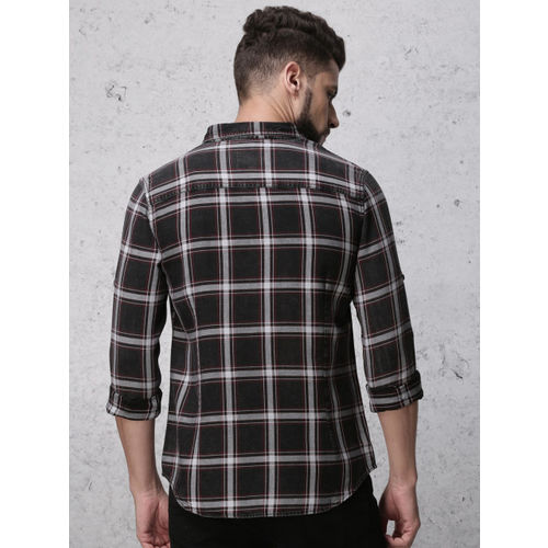 Ecko Unltd Men Black & White Slim Fit Checked Casual Shirt