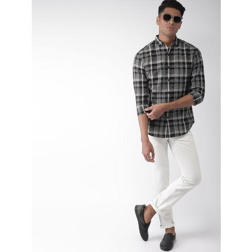 Levis Men Black & Grey Slim Fit Checked Linen Casual Shirt