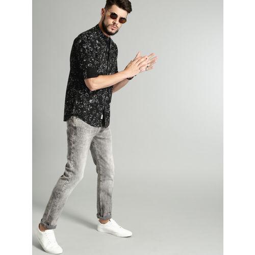 Roadster Men Black Printed Cotton Casual Shirt