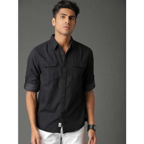 Roadster Men Black Structured Solid Casual Shirt