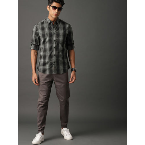 Roadster Men Black & Grey Summer Shadow Check Casual Shirt