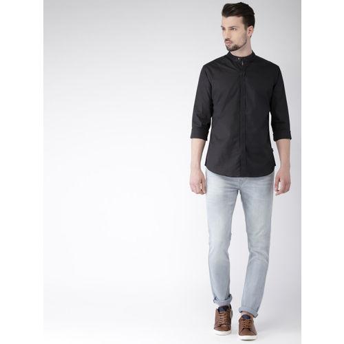 Flying Machine Men Black Slim Fit Solid Casual Shirt
