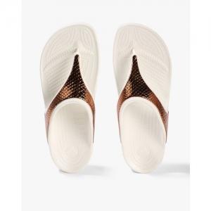 CROCS Sloane Metallic Textured T-strap Flip-Flops