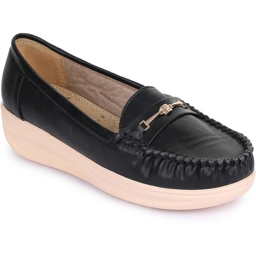 TRASE Vamour Loafers For Women(Black)