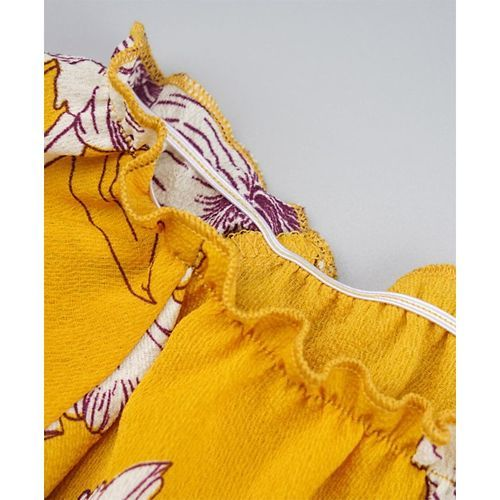 Awabox Yellow Flower Printed Three Fourth Sleeves Top With Shorts