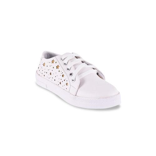 BuckleUp Women White Sneakers