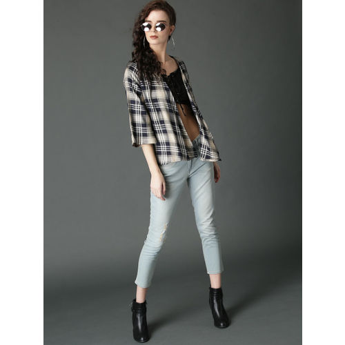 Roadster Navy Blue & Beige Checked Open Front Shrug