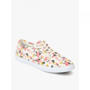 e61d3d496d8d8 Buy latest Women's Casual Shoes from Vans On Myntra online in India ...