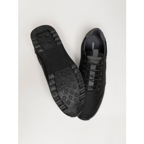 LOCOMOTIVE Men Black Sneakers