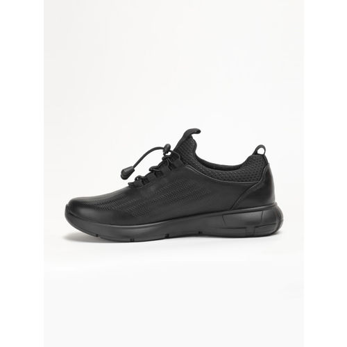LOCOMOTIVE Men Black Sneakers