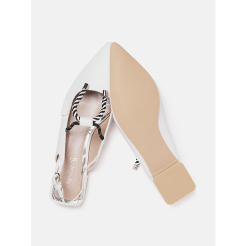 DressBerry Women White Solid Flats